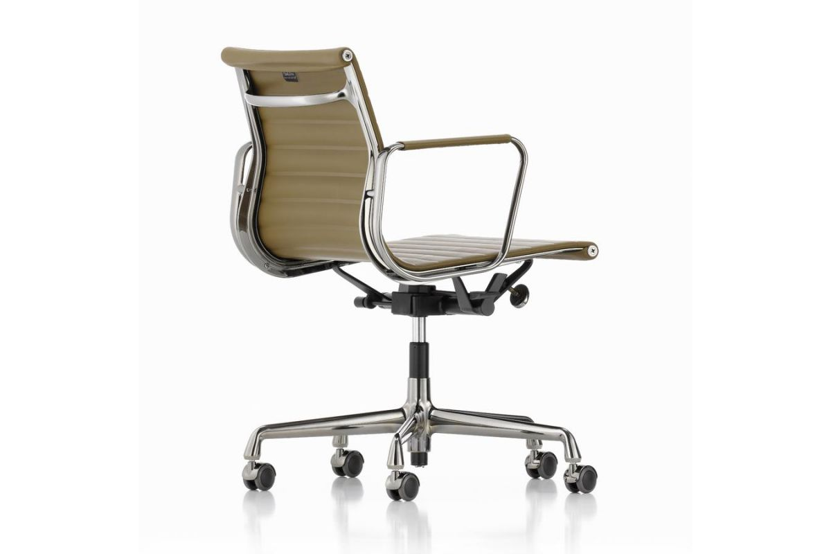 Vitra eames aluminium chair ea117 round office for Vitra mobilier