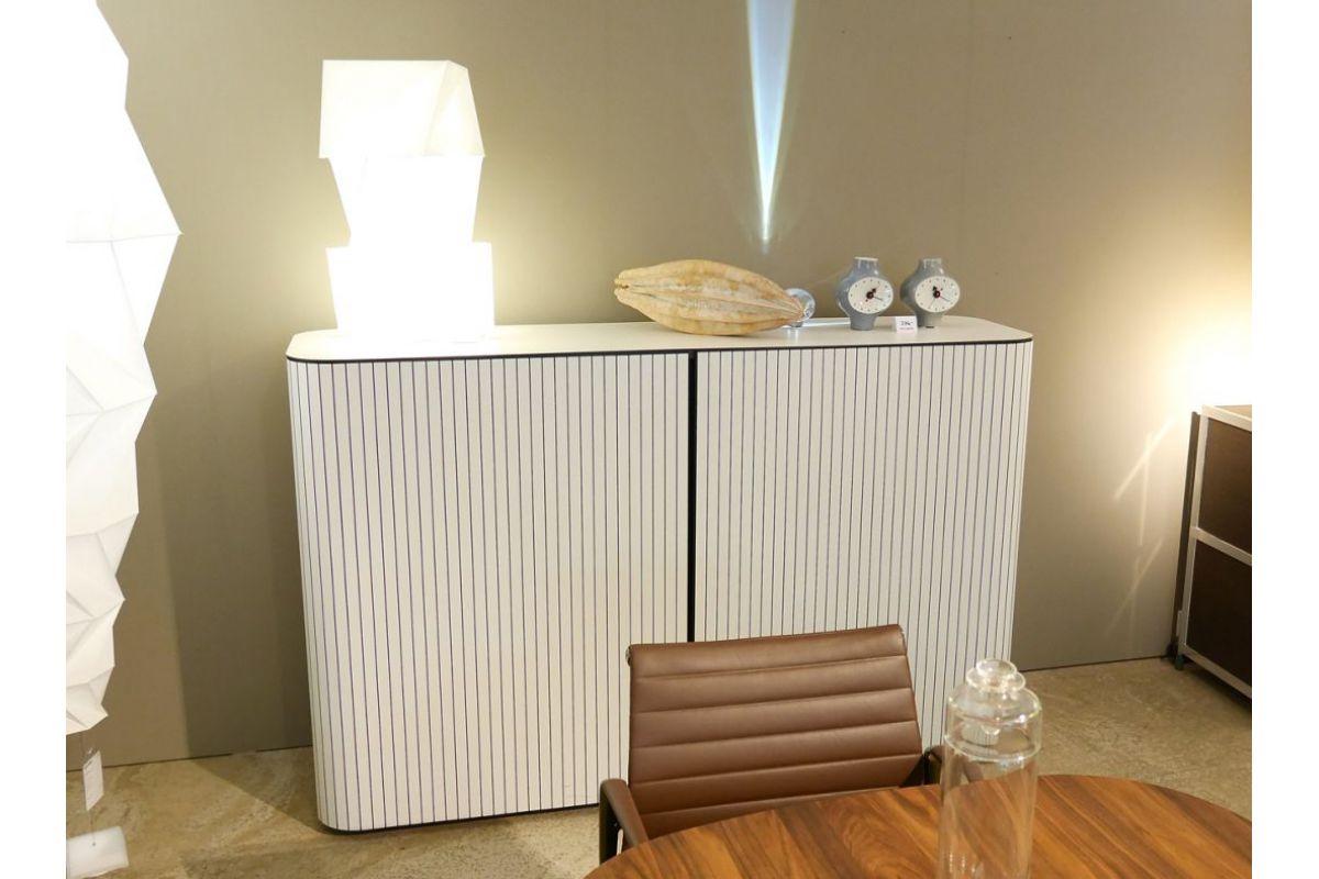 wogg sideboard round office mobilier de bureau gen ve. Black Bedroom Furniture Sets. Home Design Ideas